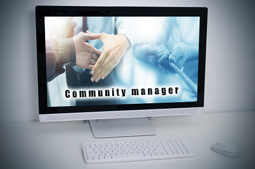 desktop computer with community manager web