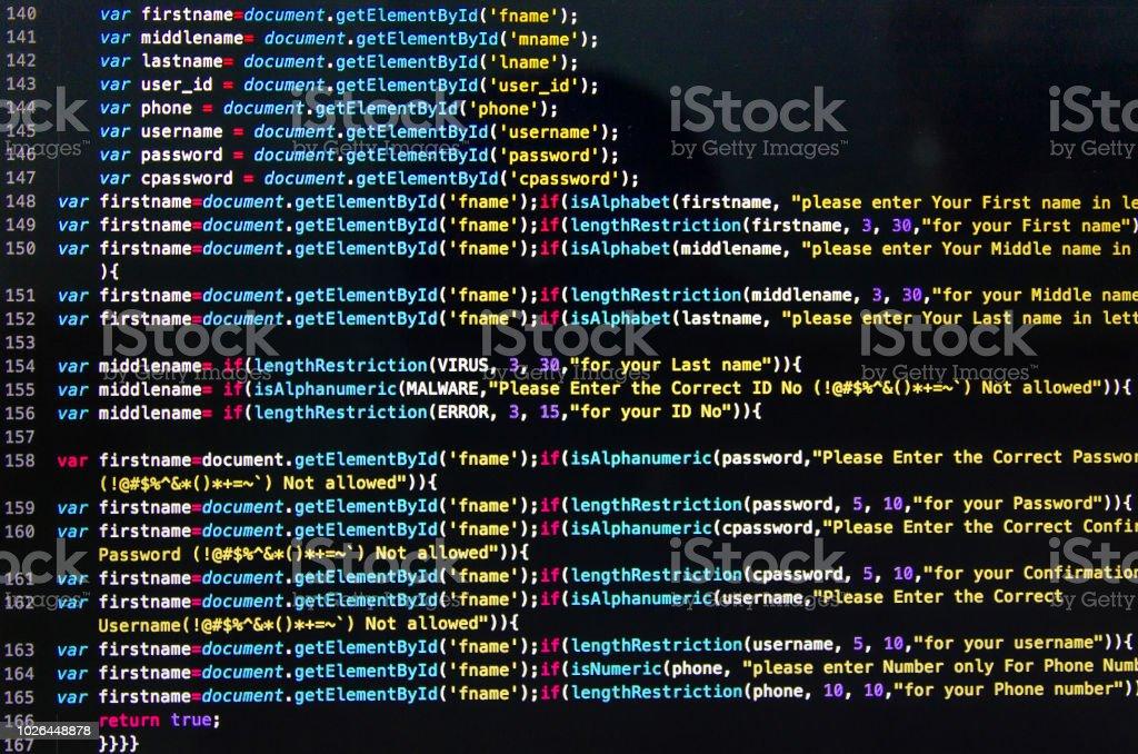 Code source bureau et papier peint en langage informatique avec le codage et la programmation. photo libre de droits
