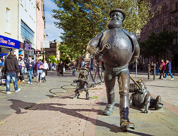 Desperate dan in dundee picture id458587581?b=1&k=6&m=458587581&s=612x612&w=0&h=ty6 i6xujvtgjbhn wl scrm8zcuvjkzx6s0qhz09r8=