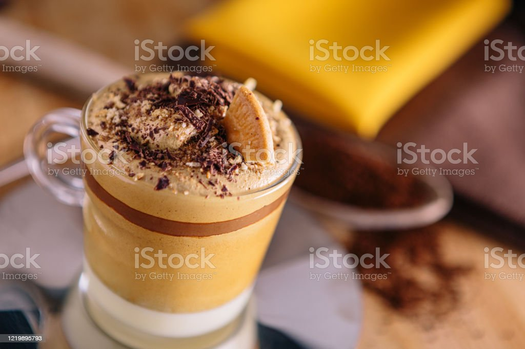 Dessert recept op basis van koffiecrème. - Royalty-free Bruin Stockfoto