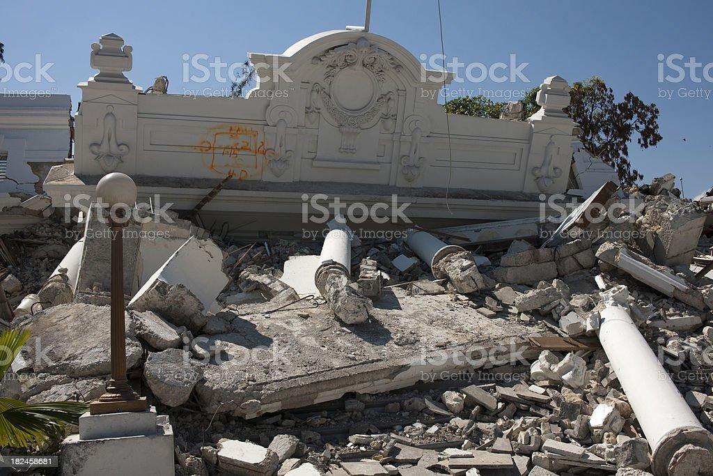 Destruidas house foto de stock libre de derechos