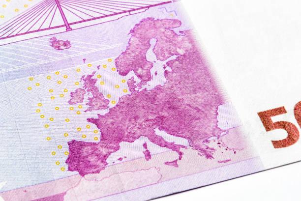 detail der 500 euro-geld-banknote - 5 kontinente stock-fotos und bilder