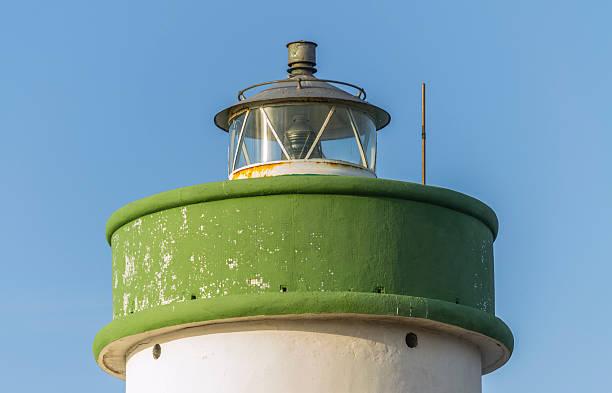 detail einer verlassenen leuchtturm nahe palau (sardinien, italien). - palau sardinien stock-fotos und bilder