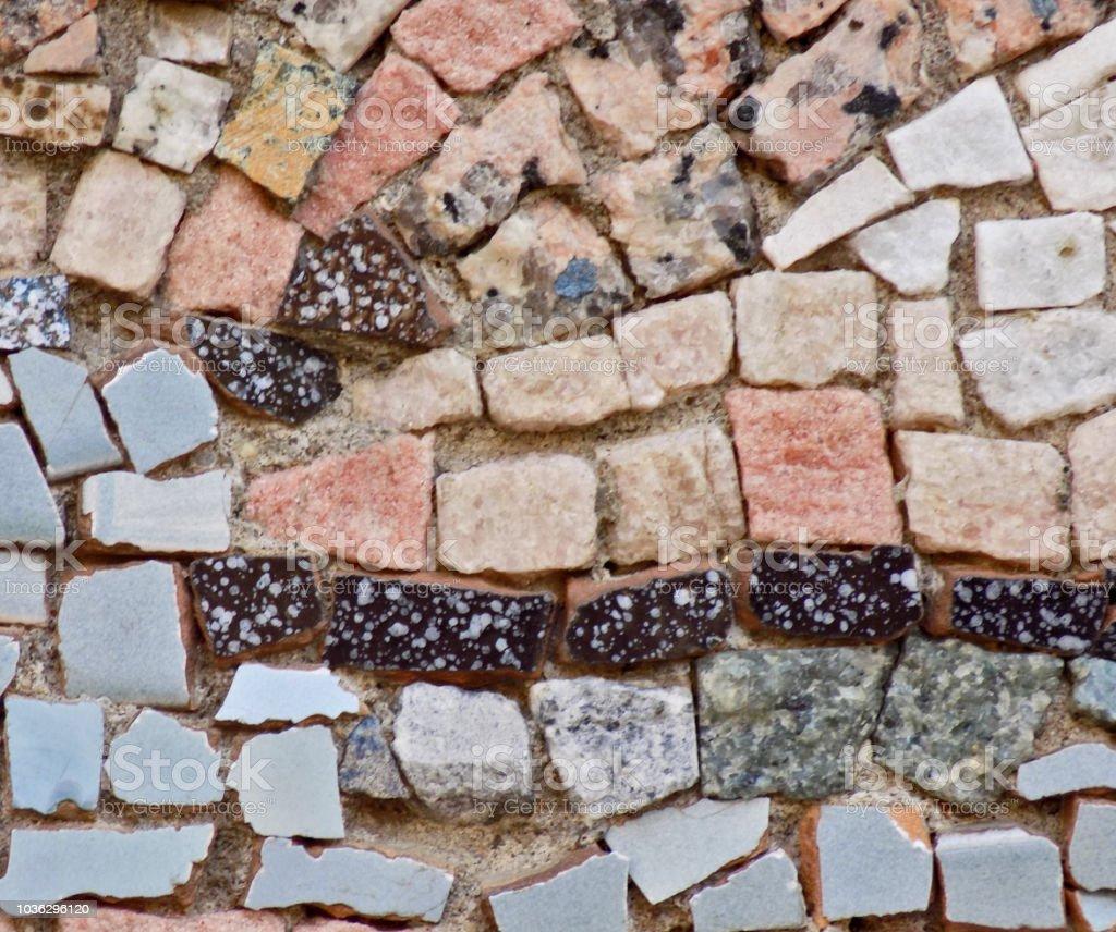 Un Detalle De Un Mosaico Decorativo En La Pared Foto De