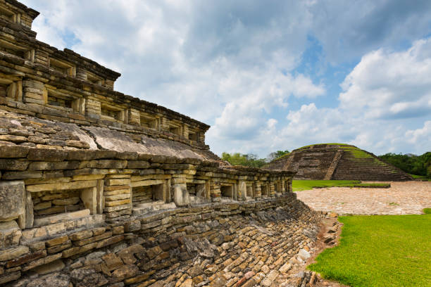Detail of a pyramid at the El Tajin archaeological site in the State of Veracruz Detail of a pyramid at the El Tajin archaeological site in the State of Veracruz, Mexico el tajin stock pictures, royalty-free photos & images