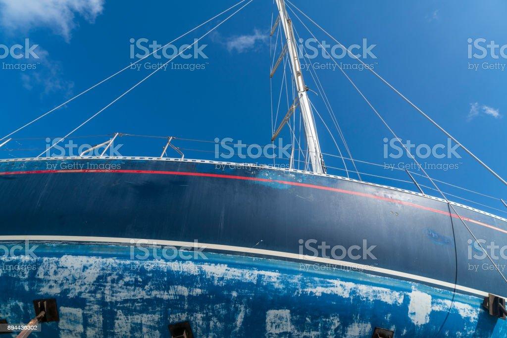 Detail von einem alten blauen Segeln Boot – Foto