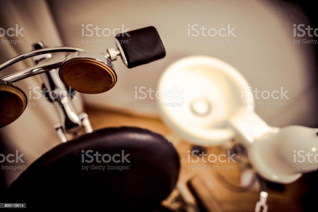 Detail von einem alten Zahnarztstuhl - Lizenzfrei Alt Stock-Foto