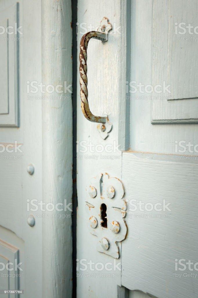 Detail einer alten mittelalterlichen Tür. – Foto