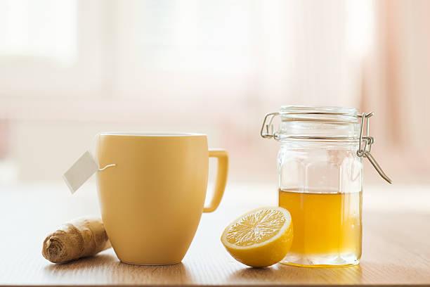 detail der honig und zitrone - immunsystem stärken stock-fotos und bilder
