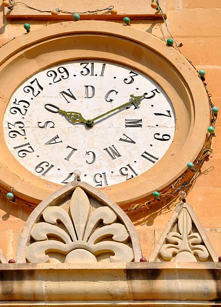 detail of mosta dome, malta - klokkentoren met luidende klokken stockfoto's en -beelden