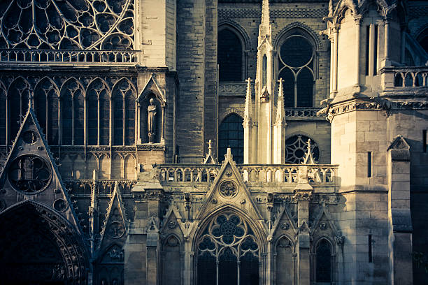 detail of notre dame cathedral - rose window stock pictures, royalty-free photos & images