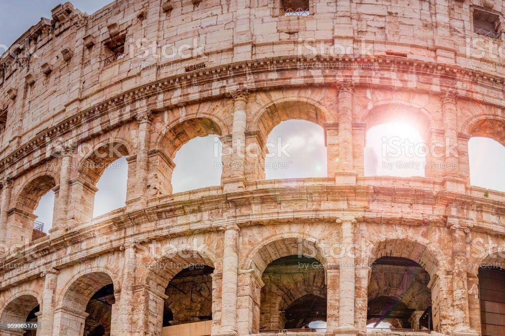 détail du Colisée à Rome - Photo de Amphithéâtre libre de droits