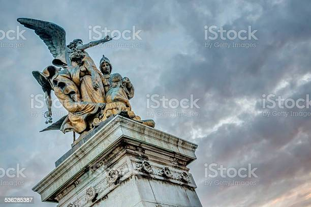 Detail of the monument to vittorio emanuelle ii picture id536285387?b=1&k=6&m=536285387&s=612x612&h=qg6zzhbzh sc7vhpqxbvsjkwi0fbuzanzor arwakmw=