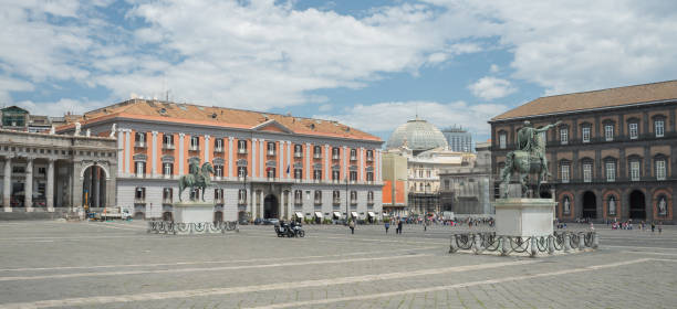 detail of the view of piazza del plebiscito - naples - italy - napoli piazza plebiscito foto e immagini stock