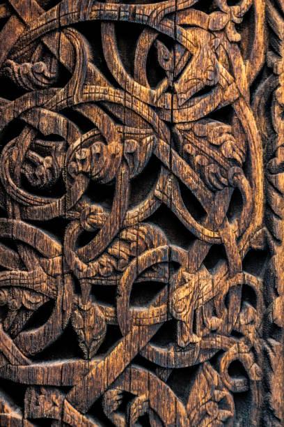 Detailgetreue Muster der alten Wikinger in Norwegen – Foto