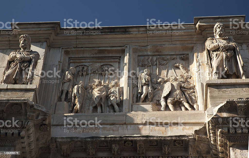 Detalhes Arco de Constantino Roma, Itália - foto de acervo