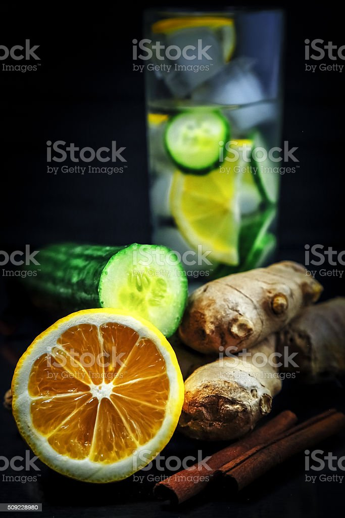 agua limon jengibre pepino