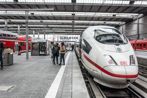 a deutsche bahn ice intercity bullet train - munich train station bildbanksfoton och bilder