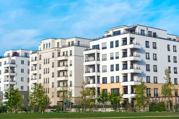 Neubaugebiet mit neuen Häusern – Foto