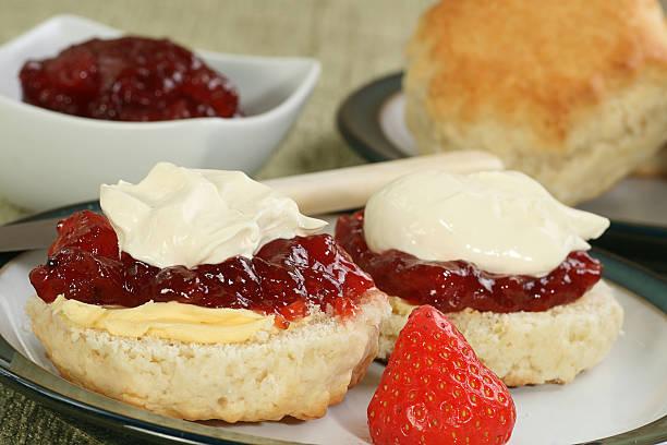 devon cream scone stock photo