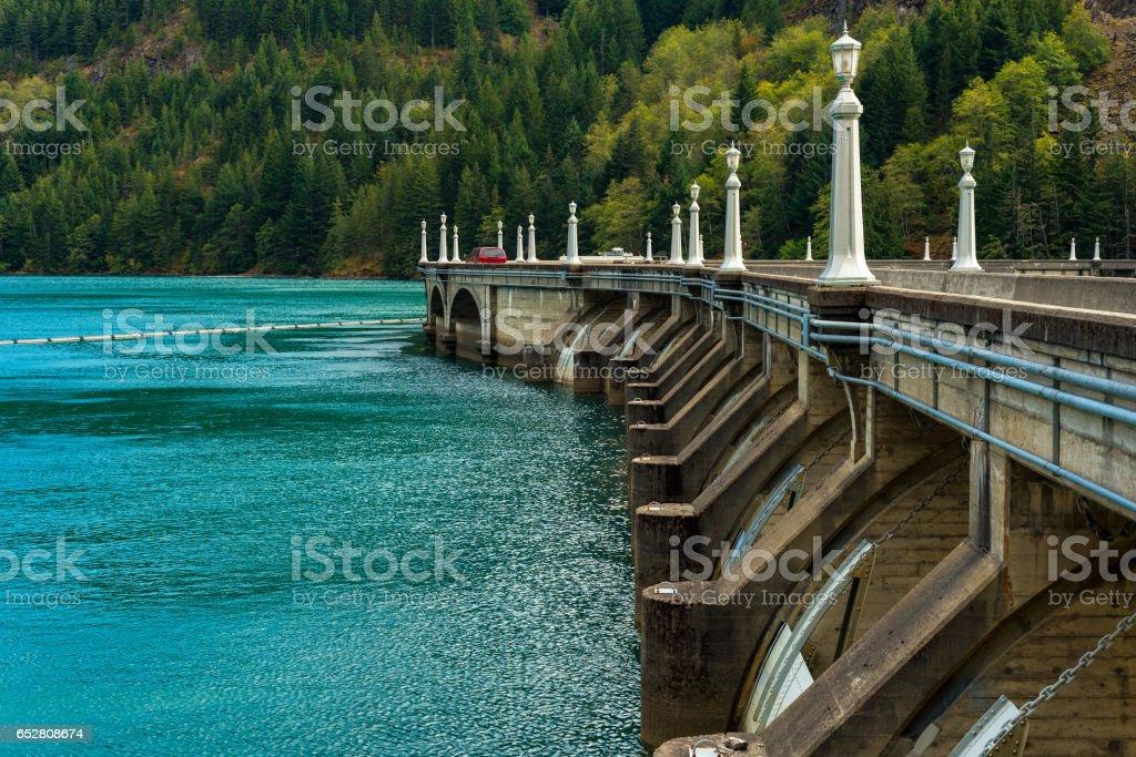 Estrada de barragem Diablo - foto de acervo
