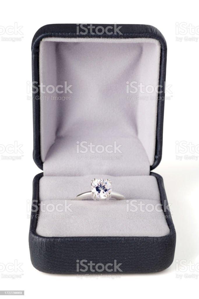 Anello di fidanzamento diamante - foto stock