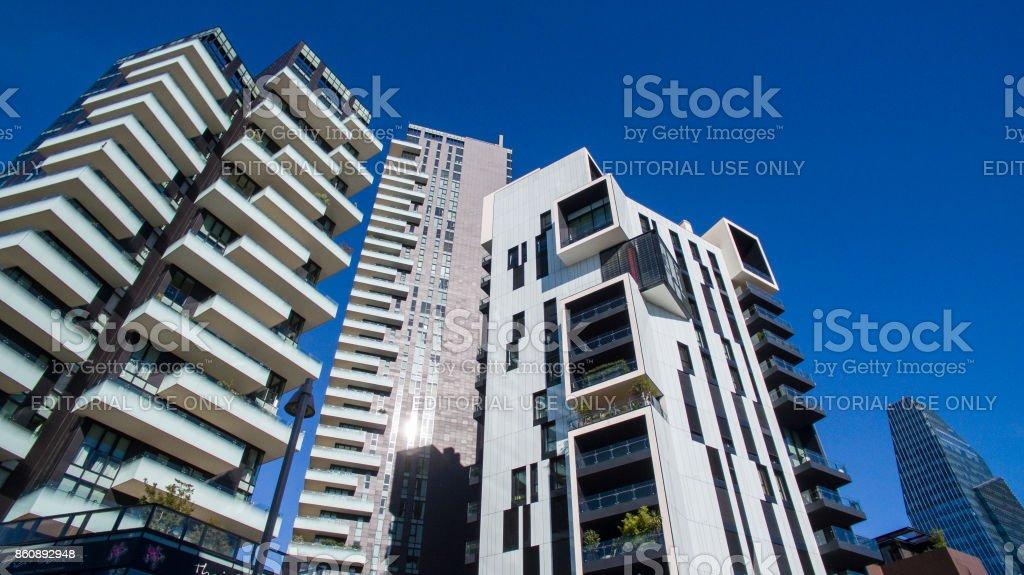 Diamond Tower and Solaria tower, seen from Amerigo Vespucci Street, Milan, Italy - foto stock