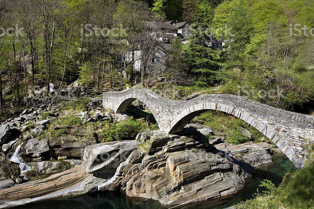 Die Brücke von Lavertezzo royalty-free stock photo