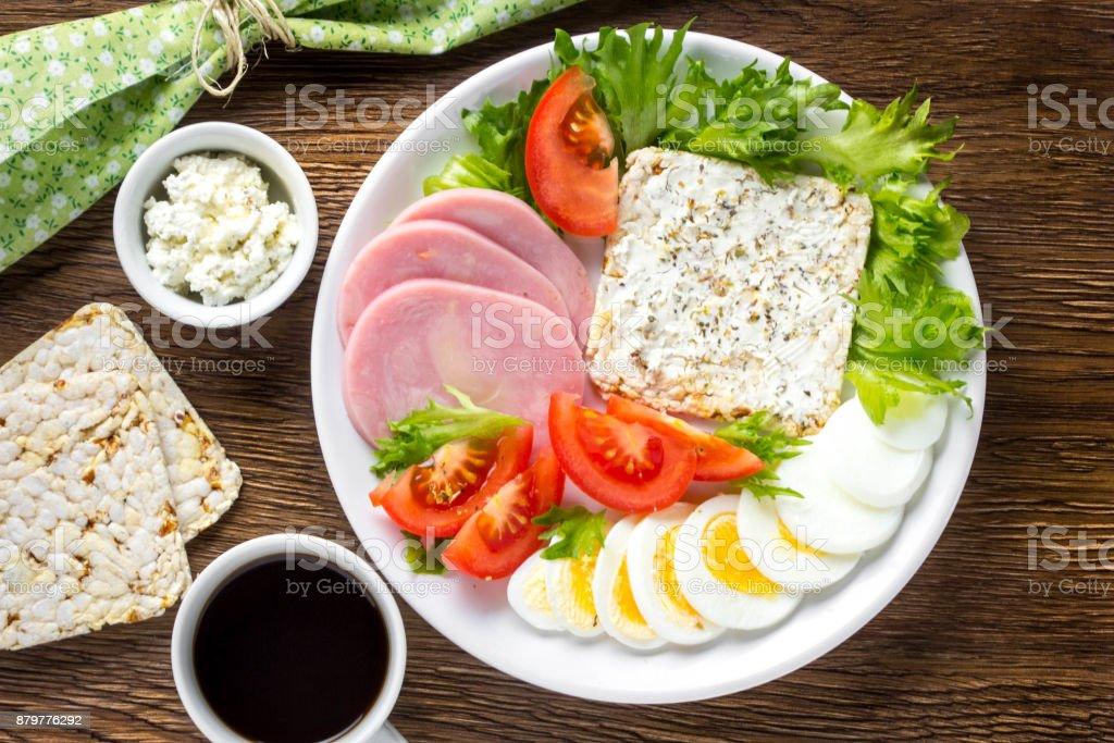 Dieta salada e ovo