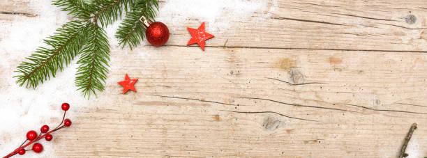 Weihnachten-Hintergründen auf Holz mit verschiedenen Weihnachts-Dekoration – Foto