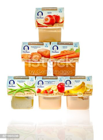 istock Different Flavors of Baby Food 521993036