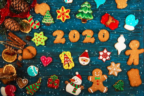 Verschiedene Ingwer-Cookies 2020 Jahr – Foto