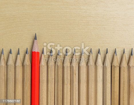 istock Different pencil standout show leadership concept. 1175502132
