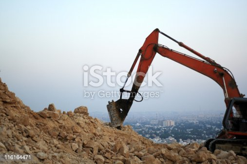 istock Digger 116164471