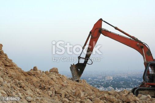 istock Digger 116164472
