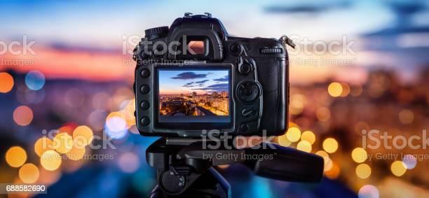 Digital camera picture id688582690?b=1&k=6&m=688582690&s=612x612&h=ozeszqzlw vy6ifvesxzihkhlyhayjk2h8 7yqttbls=