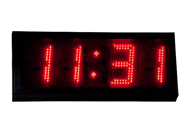digital clock - led uhr stock-fotos und bilder