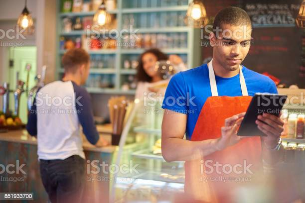 Digital coffee shop picture id851933700?b=1&k=6&m=851933700&s=612x612&h=4iuduiyufgtjfeteh9na6 5cc3aj4erawga3y5tmsrs=