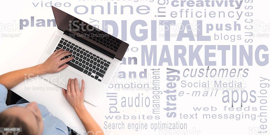 marketing numérique - Photo de Adulte libre de droits