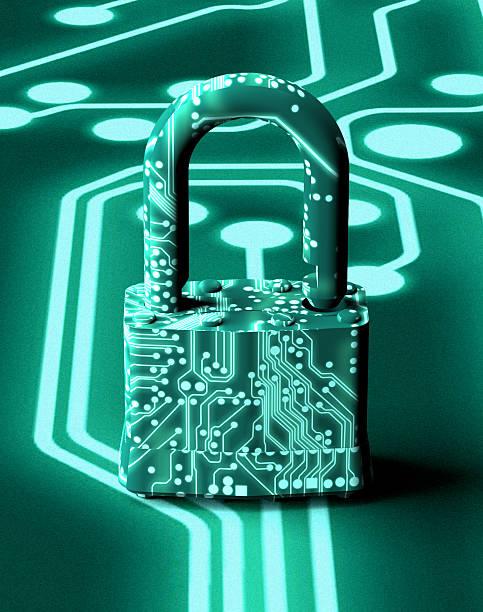 Konzept der digitalen Sicherheit Vorhängeschloss in elektronischen Umgebung – Foto