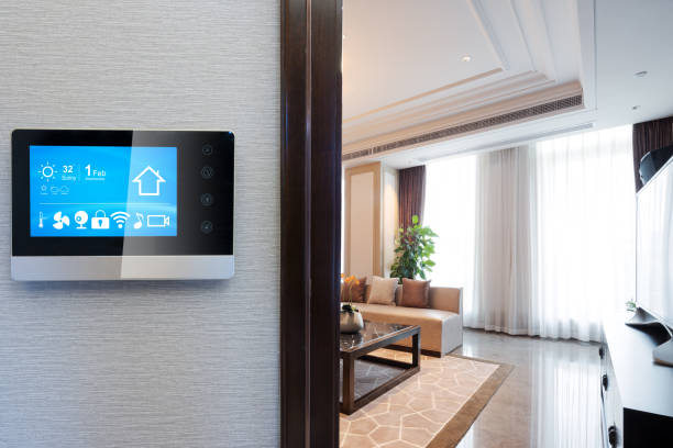 digital screen in smart home - home automation stock pictures, royalty-free photos & images