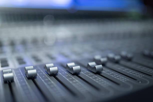 digital ljud mixer - audioutrustning bildbanksfoton och bilder