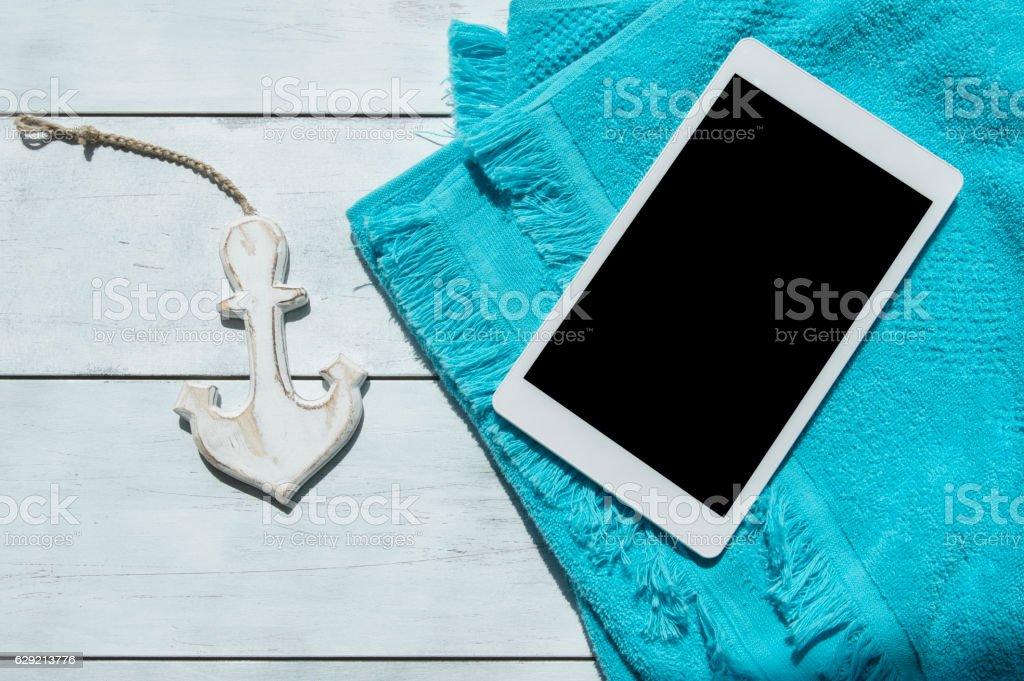 Digital tablet com uma tela em branco - foto de acervo