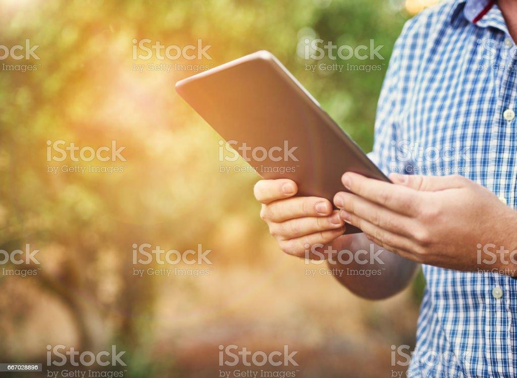 La tecnología digital es clave para aumentar la productividad agrícola - foto de stock