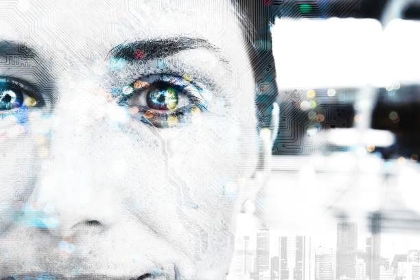 Interrupción de la transformación digital cada tecnología, inteligencia artificial biométrica retina ojo exploración para el concepto de tecnología de seguridad. Doble exposición de rostro femenino y circuitos. - foto de stock