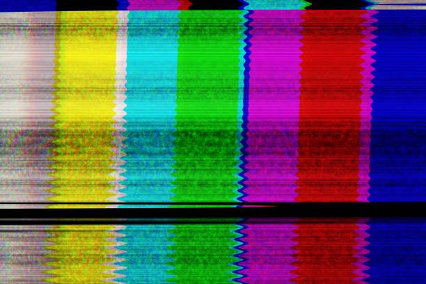 tv digital - distorsionado fotografías e imágenes de stock