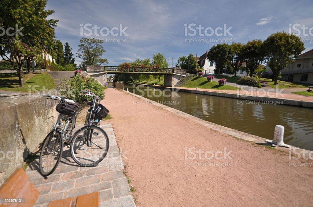 Digoin canal bridge und Voies Verte cycle. – Foto
