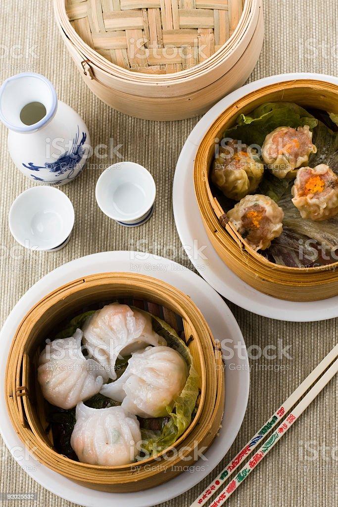 Dimsum Hagao in chinese bamboo basket stock photo