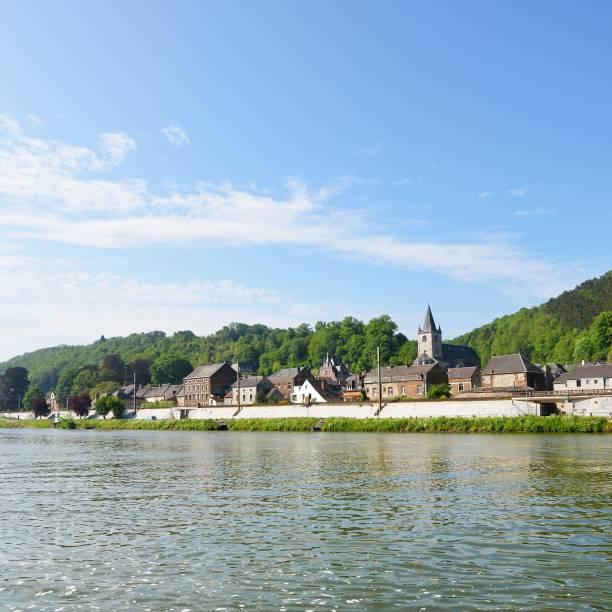 dinant suburbs, belgië. - maasvallei stockfoto's en -beelden