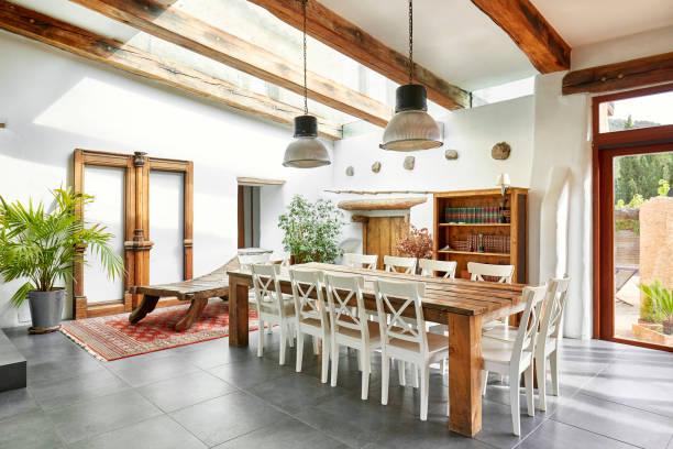 Essbereich in einem spanischen Bauernhaus renoviert – Foto